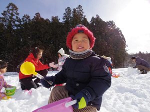 雪遊び_笑顔